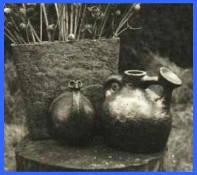 Vases designs (1971).